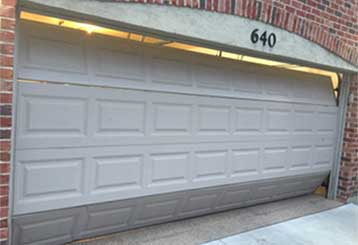 Common Garage Door Issues | Garage Door Repair La Mirada, CA